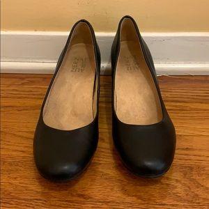 Nice work closed toed heels